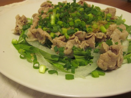 reishabu: chilled pork salad.